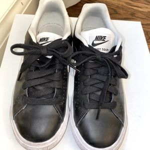 Nike court tour is 7 barely worn shoes